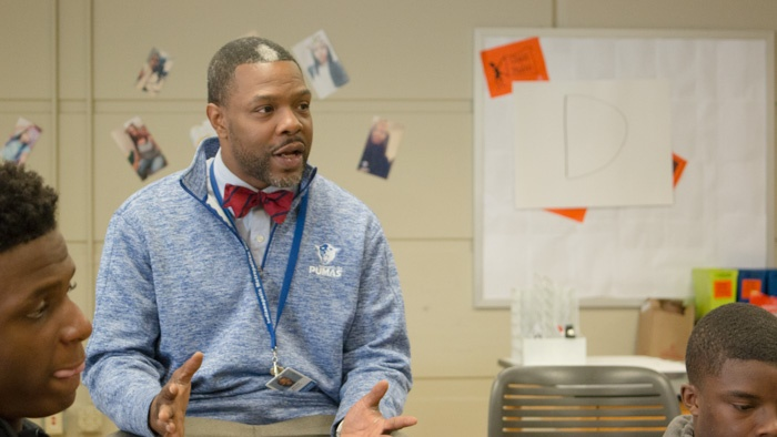 Brian Williams helps lead the barbershop program at Indianapolis Met