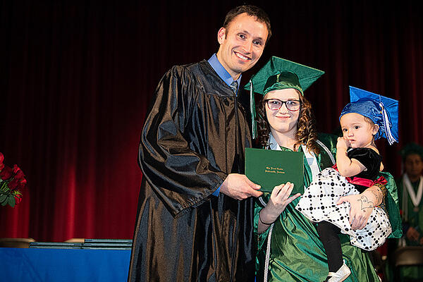 graduation2-19-3